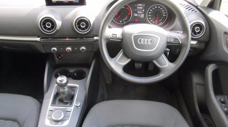 Audi A3 Sportback 5Dr 1.6TDi 105 SS SE 6