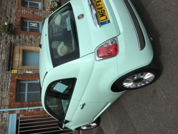 Fiat 500 Lounge 3 door, 1 lady owner, Smooth Mint Green with ivory interior, Panormic sun roof