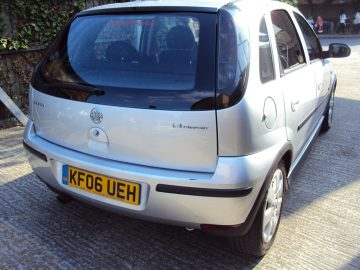 Vauxhall Corsa – IDEAL FOR NEW DRIVERS – LOW INSURANCE & TAX – LONG MOT – £1,499