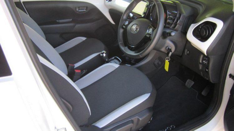 Toyota Aygo Hatch 5Dr 1.0VVTi 68 x-press A5