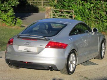 Audi TT Coupe 2.0TFSi 211 SS Sport 6
