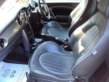 Mini Cooper Park Lane – Very Nice Spec – With FULL LEATHER SEATS – £2,499