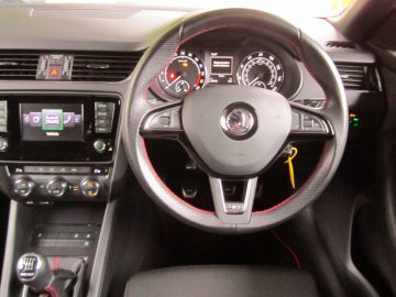 2013(63) Škoda Octavia Hatch 5Dr 2.0TDi CR 184 DPF SS EU5 vRS