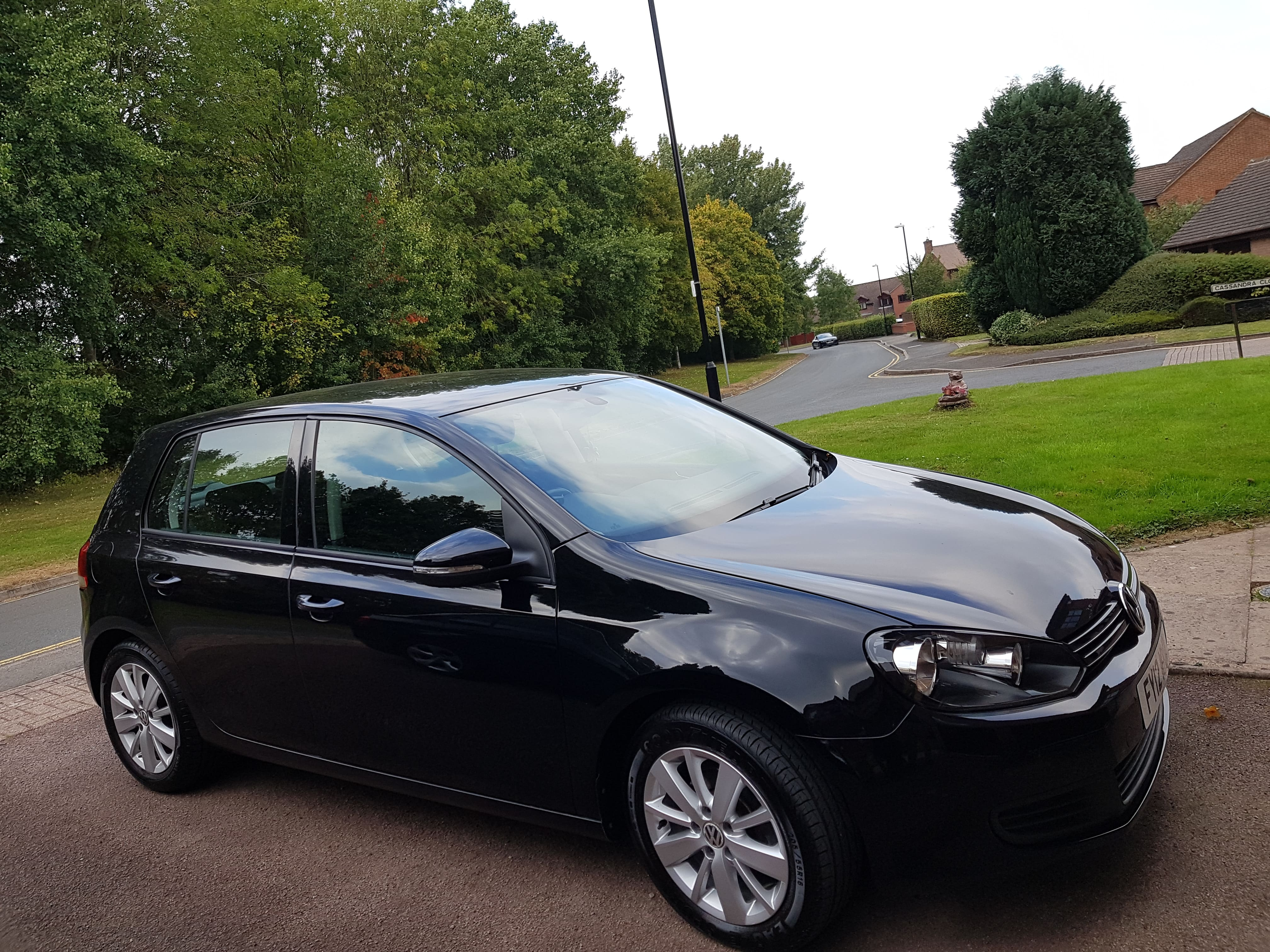 VW Golf 2012 (12) 1.6 TDi 105 BlueMotion Tech Match 5dr DSG Auto Black. Mechatronic warranty until 3 Jan 2020