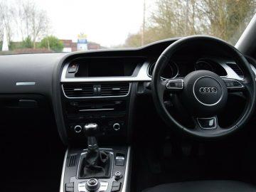 2016 Audi A5 2.0TDI Ultra Sportback Black SE Technik
