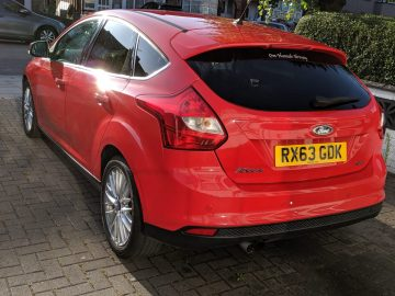 Ford Focus Zetec Turbo 1.0 EcoBoost 125 bhp (not st rs vrx GTI m sport s3 amg)