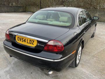 Jaguar – S -Type SE 2.7 Diesel – Auto 4 Door saloon 2004